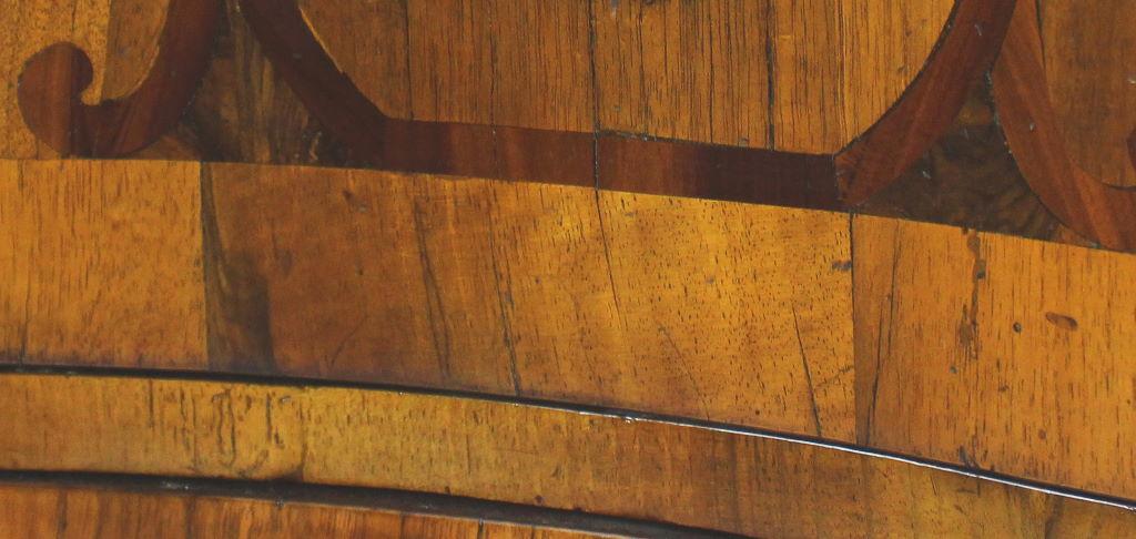 Bandelintarsie, Einlegearbeiten in Holzmöbel